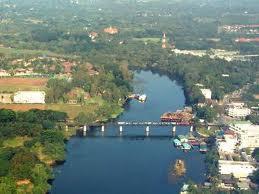 photo aerienne du pont de la riviére Kwaï