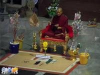 le moine en cire du wat Tham phu wa